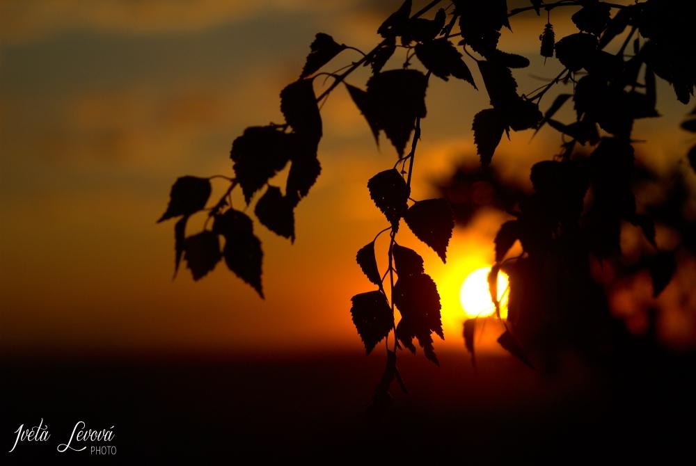 Západ slunce na Emě